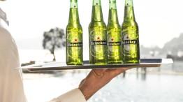 serving Heineken